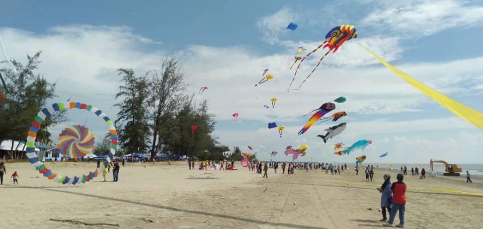 Hari pertama Festival Layang-layang Antarabangsa Kabong 2019
