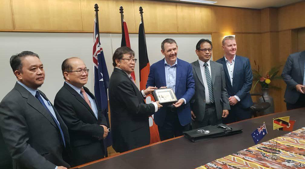 Kepala Menteri ngabas kebun chapi SEDC di Australia
