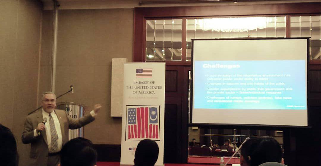 Media berperanan penting dalam menghadapi maklumat palsu – Dr Chamil