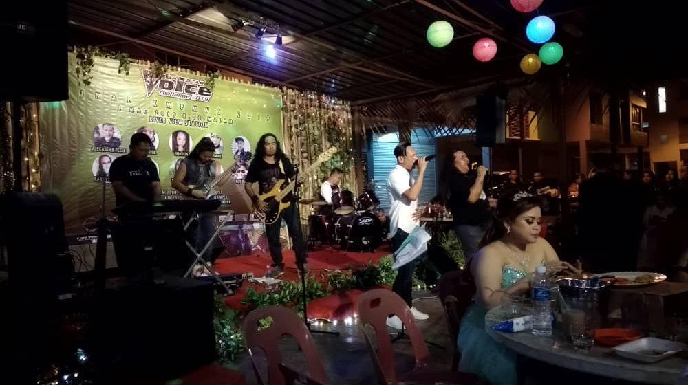 Tanah Berenyang ngetanka identiti Band Rock