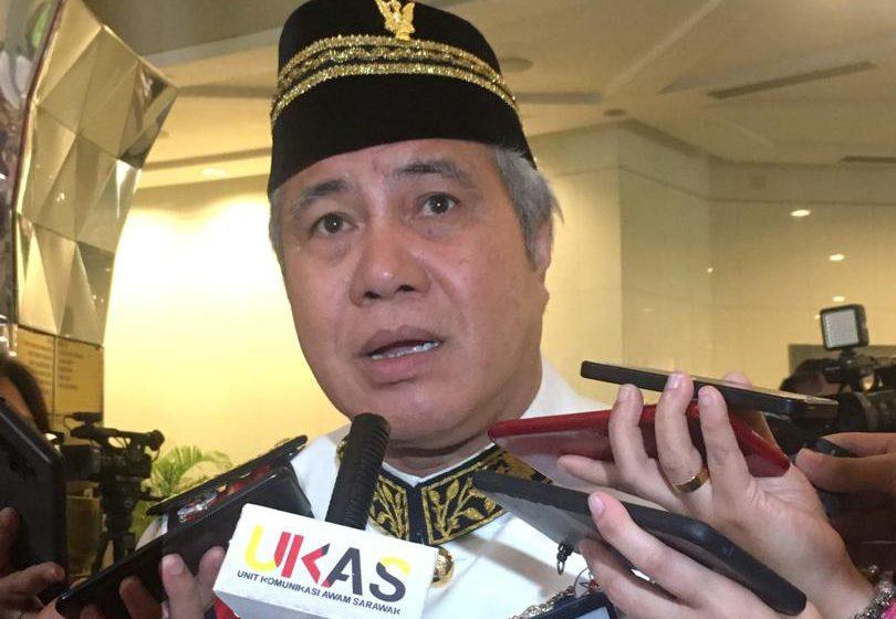 Rayat meseti besaup, seati mulaika hak Sarawak