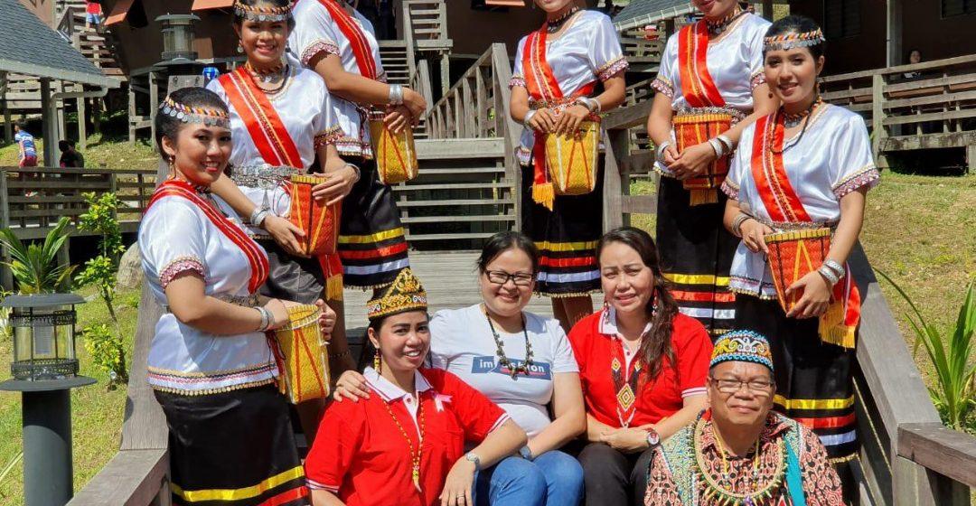 Kaul Dayak Sarawak-Kalimantan majak rat nengah pengawa duruk ngabang
