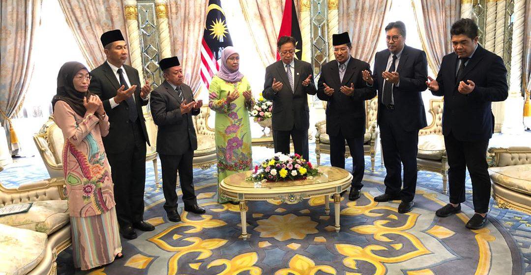 Lembaga Kemajuan Bintulu serah zakat perniagaan RM500,000