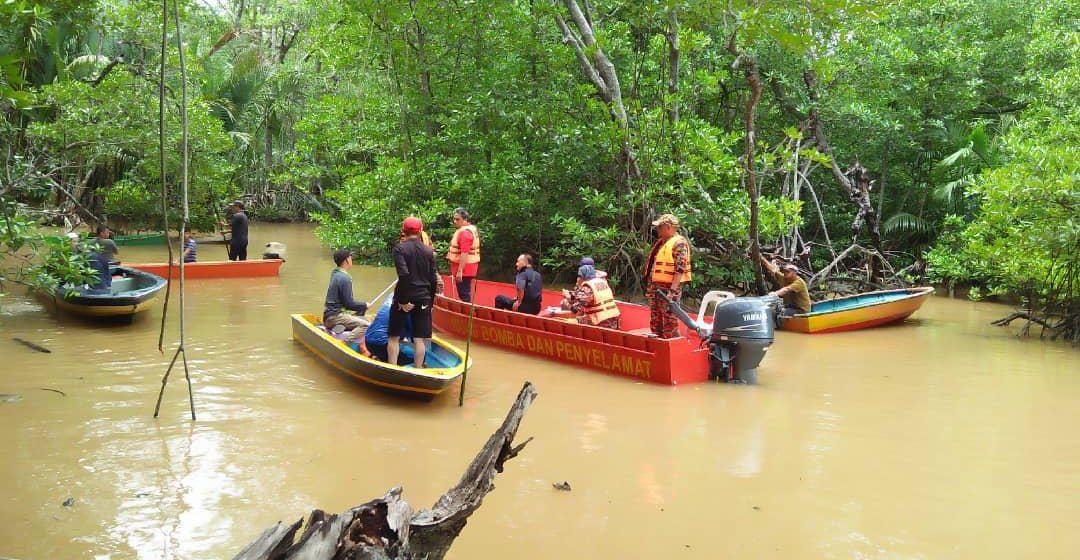 Lelaki disyaki hilang lepas terjatuh di laut Kuala Sibukang