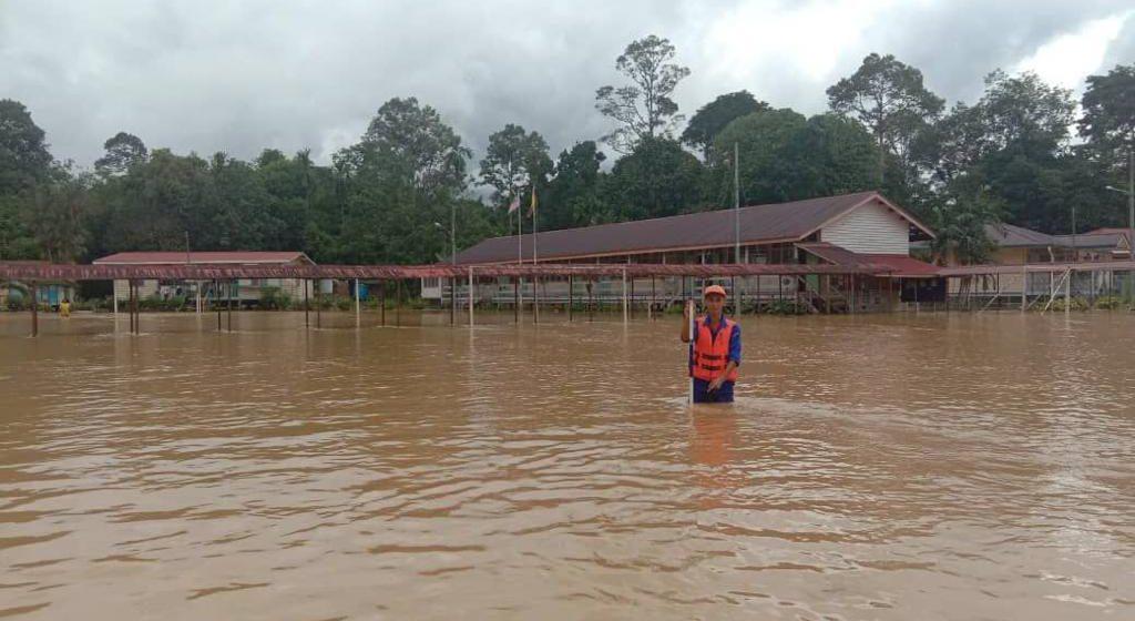 Sekolah Kebangsaan Sungai Buloh Selangau terjejas Banjir