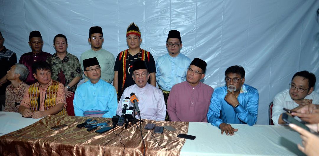 Anwar puji perpaduan rakyat Sarawak