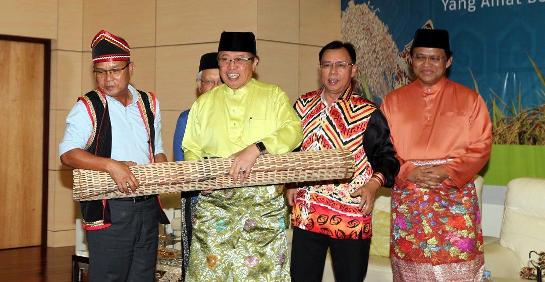 Jual elektrik kepada Sabah dan Brunei