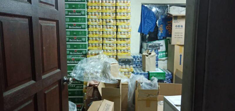 Rokok, minuman keras seludup bernilai lebih RM350,000 berjaya dirampas di Miri