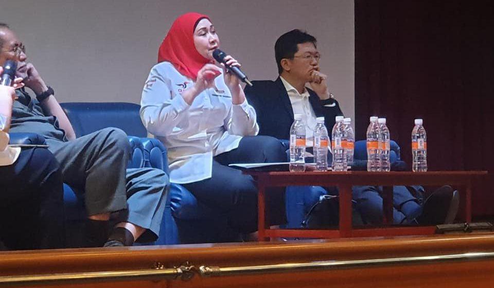 Terus pertahankan sumber Sarawak