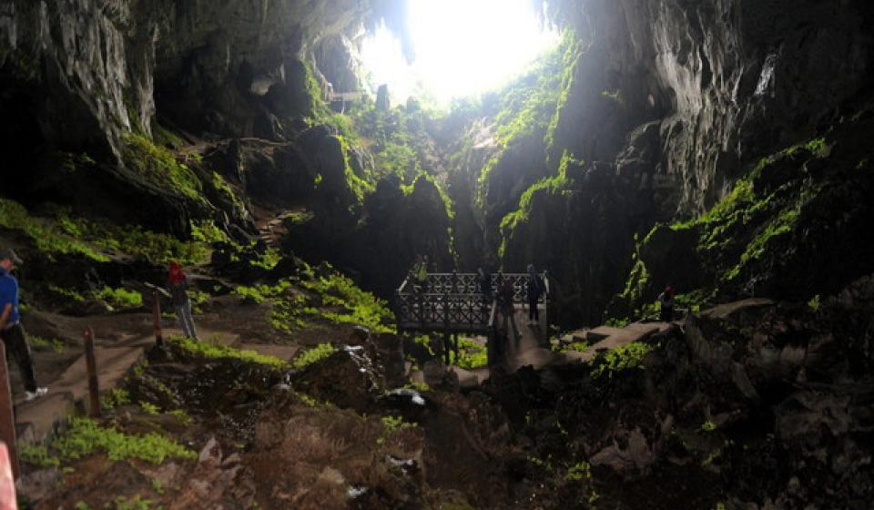 Keunikan Gua Pari Pari tarikan ´Batman' Sarawak