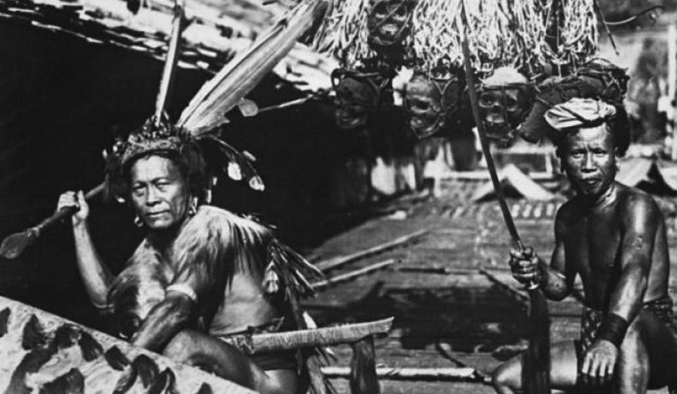 Sejarah Sarawak dalam buku teks