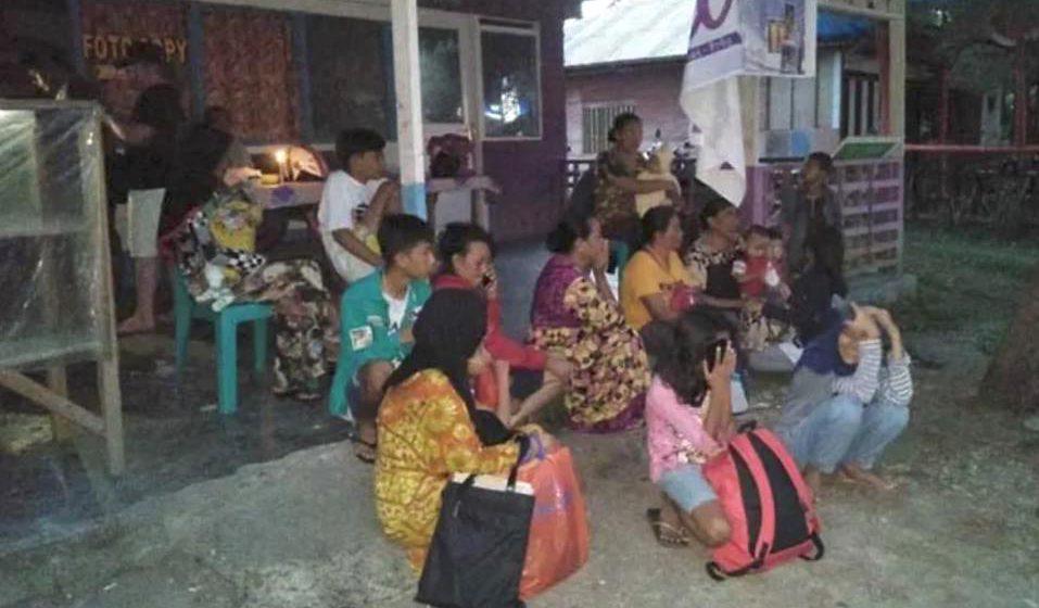 Gempa: Kematian di timur Indonesia meningkat