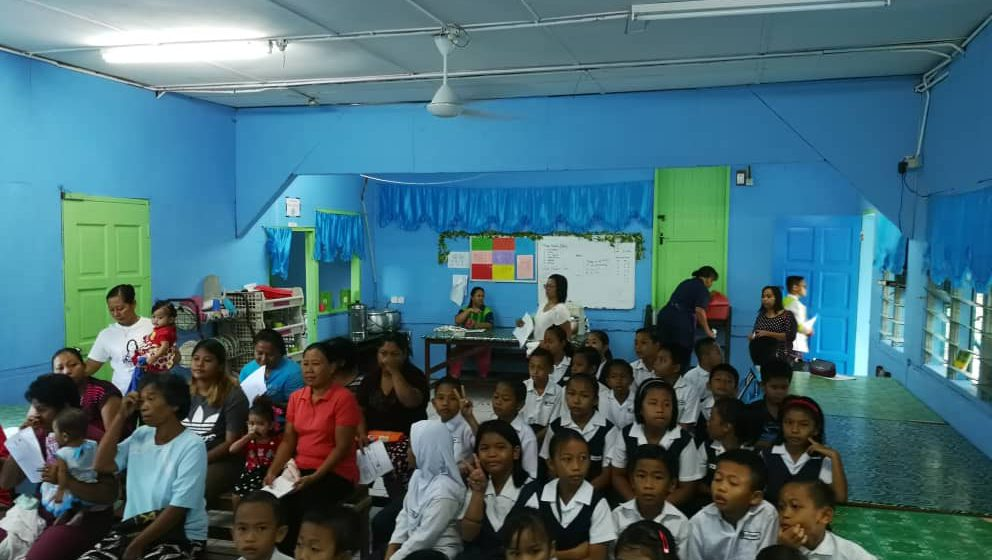 Ahli parlimen Mas Gading mahu pendidikan politik bermula di sekolah