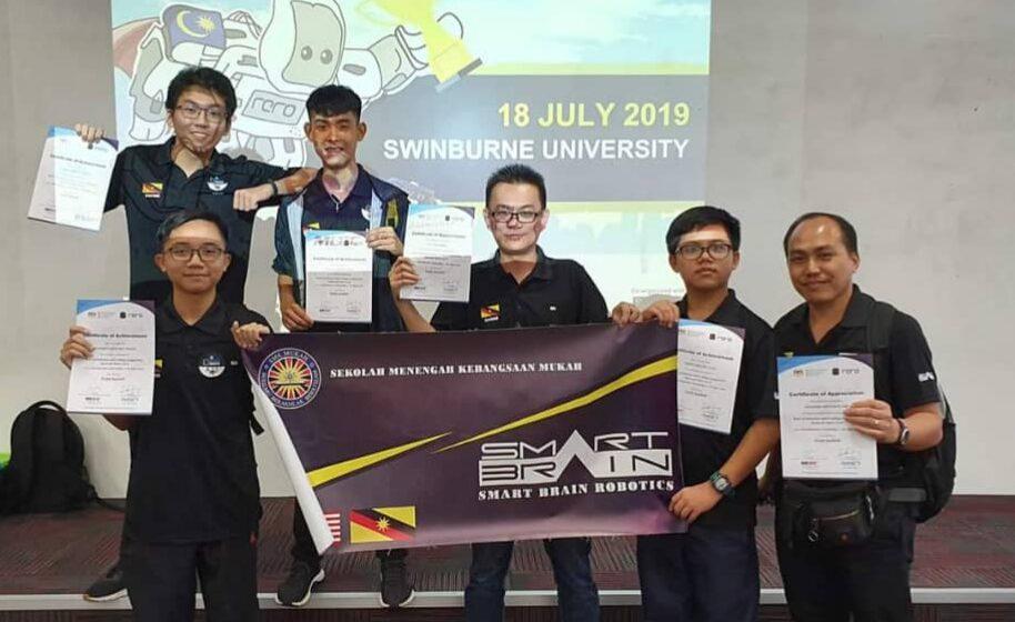 SMK Mukah sapu bersih  Anugerah Emas Robotik