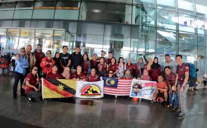 30 anak Sarawak nguji niki Gunung Fansipan