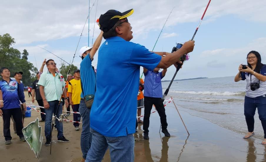 Pantai Belawai 'pukau' l,000 pemancing