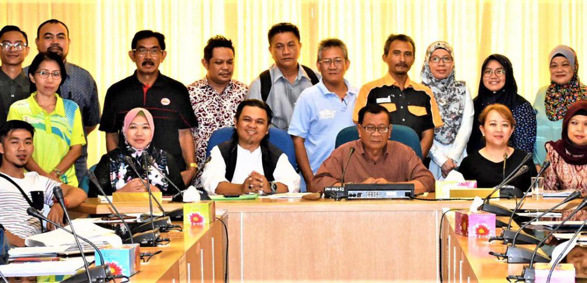 Ritual muah tarikan Pesta Kebudayaan Borneo