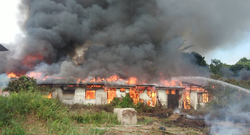 Rumah tidak berpenghuni terbakar di Mukah