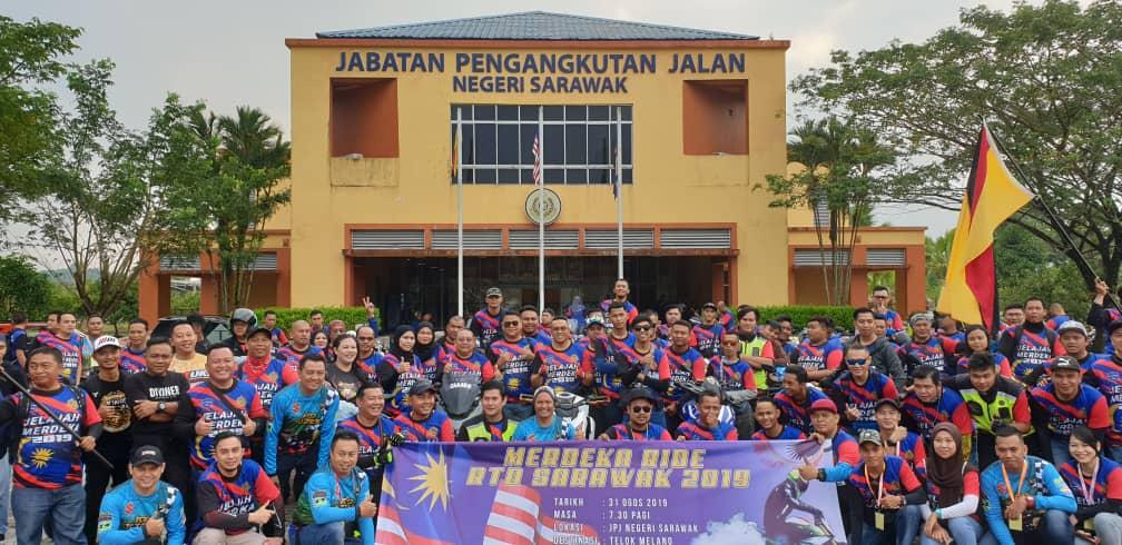 100 belia menyertai Konvoi Jelajah Merdeka