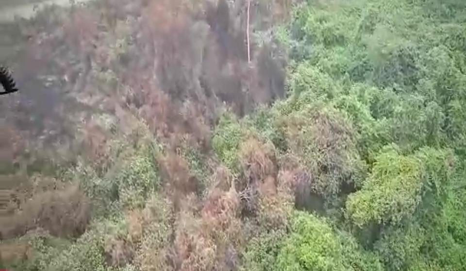 Operasi gempur kebakaran belukar dan tanah gambut di Sri Aman berjaya