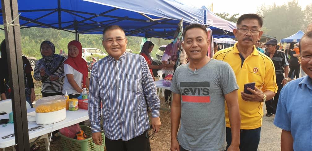 Abu Seman tambah seri kemeriahan pantai Kuala Matu