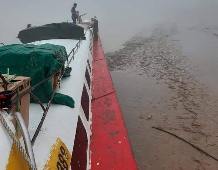 Jerebu: Bot terpaksa berhenti di tebing sungai