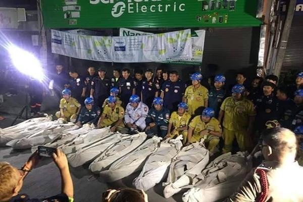 17 pelajar kolej terbunuh selepas trak pikap terbalik di Thailand