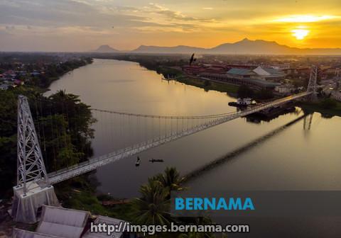 Sarawak bina dua gerbang internet antarabangsa – Abang Johari