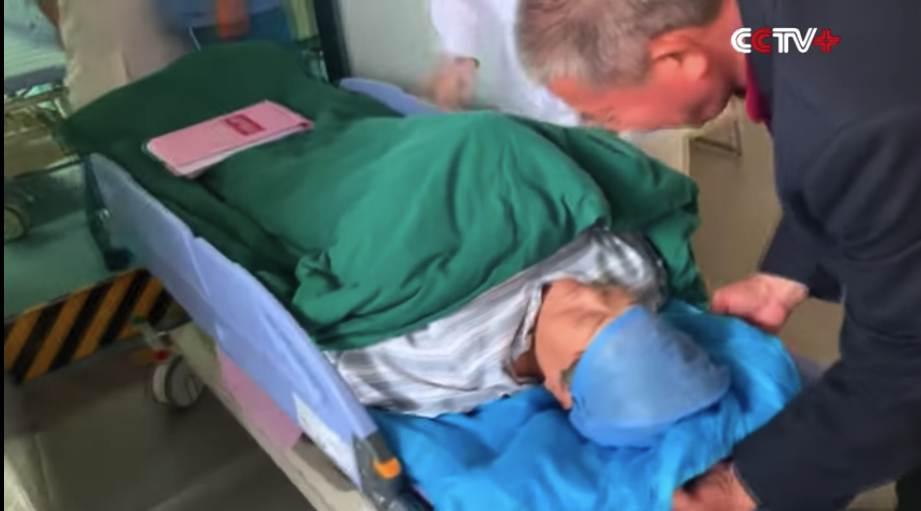 Wanita China lahirkan anak pada usia 67 tahun