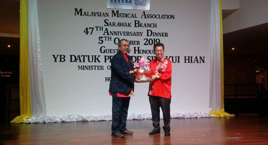 Sarawak enda setuju perambu nutup klinik