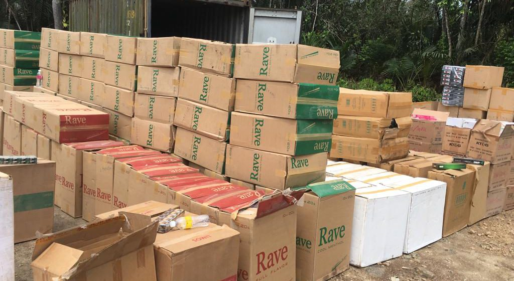 Kastam Kuching berjaya patah cubaan menyeludup kontena muatan rokok belum lulus Kastam