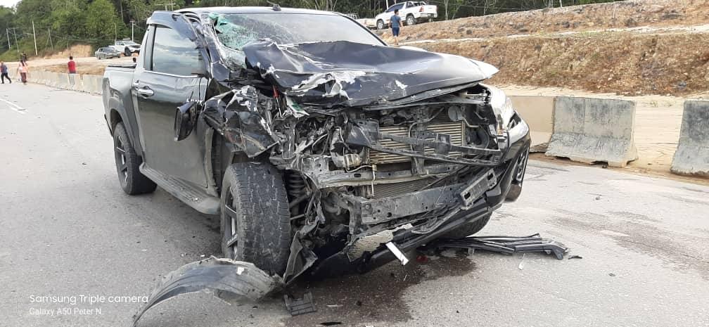 Hilux bertembung Viva, dua maut dan enam cedera di Jalan Miri-Bintulu