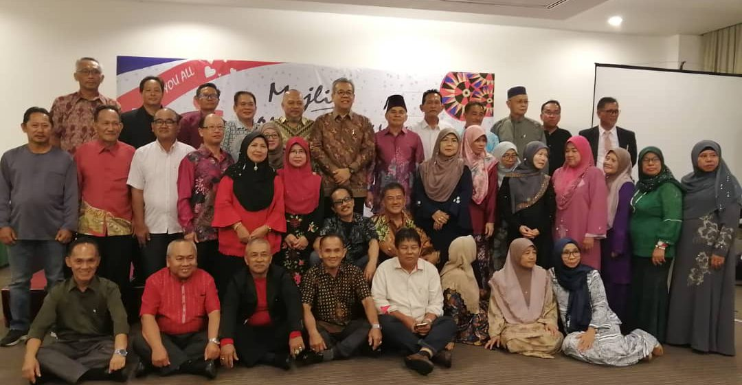130 bekas pelajar SMK Matu-Daro berhimpun selepas terpisah 40 tahun