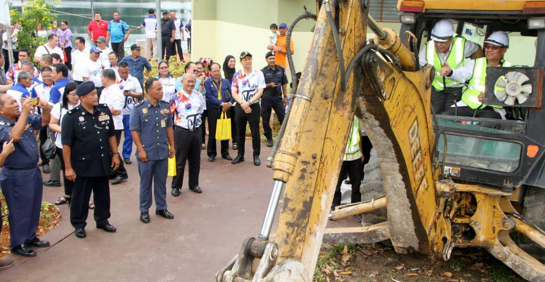 Kerajaan Sarawak cadang bina rangkaian jalan keselamatan