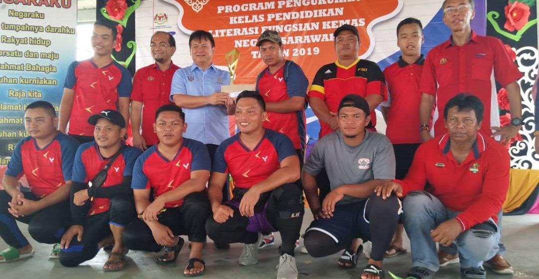 Pasukan Cili Padi juara tarik tali Piala Kemas Peringkat Negeri Sarawak