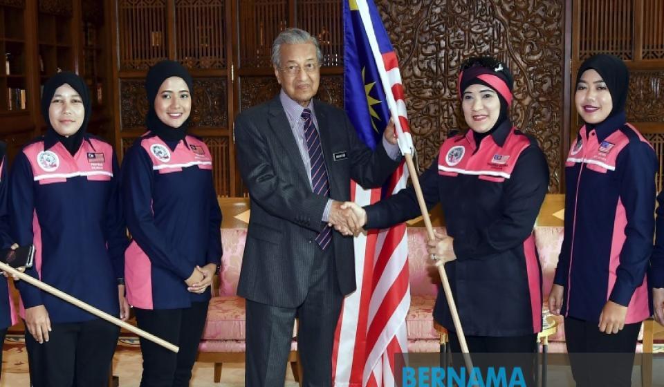 Sukan SEA: Taufan landa Filipina, Dr Mahathir harap kontinjen Malaysia tabah