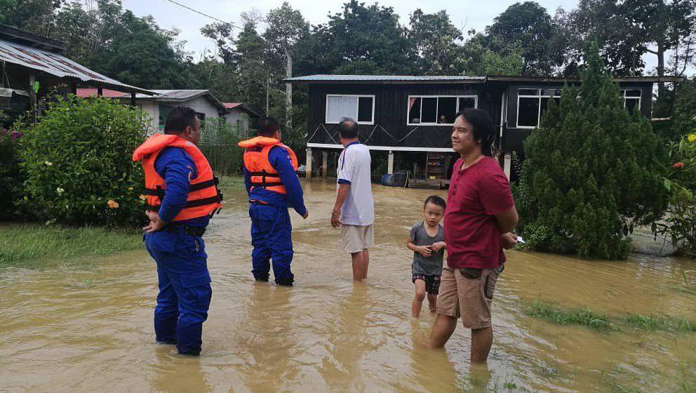 Banjir di Trusan belum surut