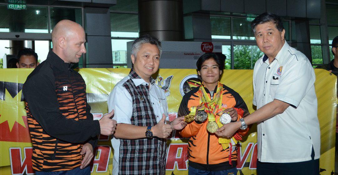 Stephanie Mary ngemegah Sarawak