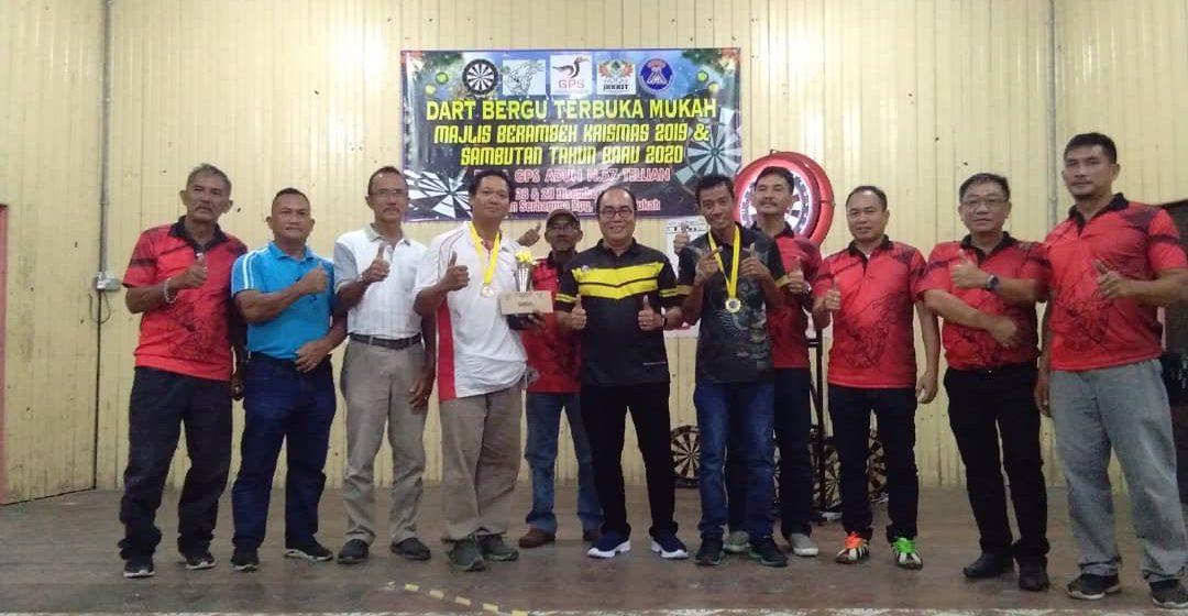 Double M jadi juara pertandingan dart di Mukah