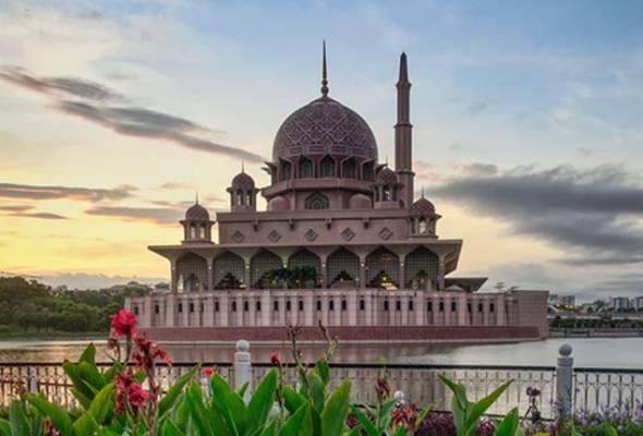 Koronavirus: Masjid Putra ditutup kepada pengunjung bukan Islam, hanya untuk solat