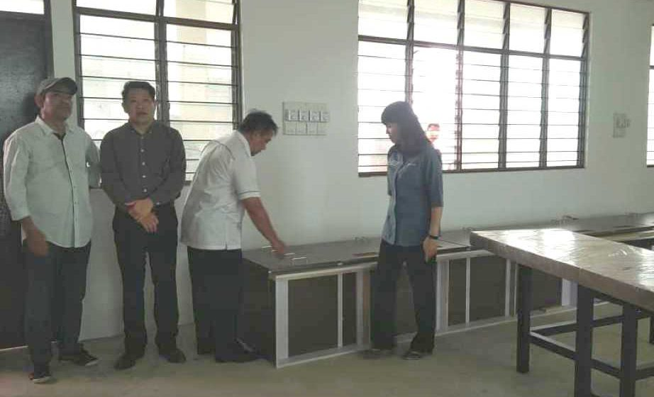 Pembinaan SMK Tudan, Miri hampir siap