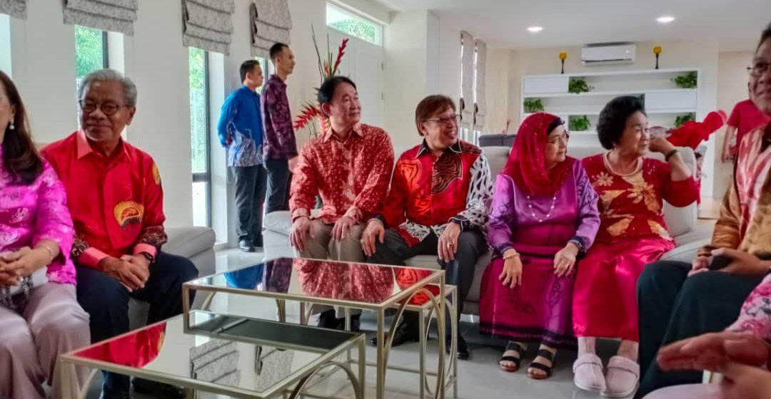 Ketua Menteri kunjungi rumah terbuka Dr Au Yong
