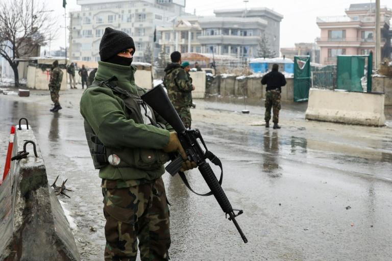 Lima maut serangan di akademi tentera