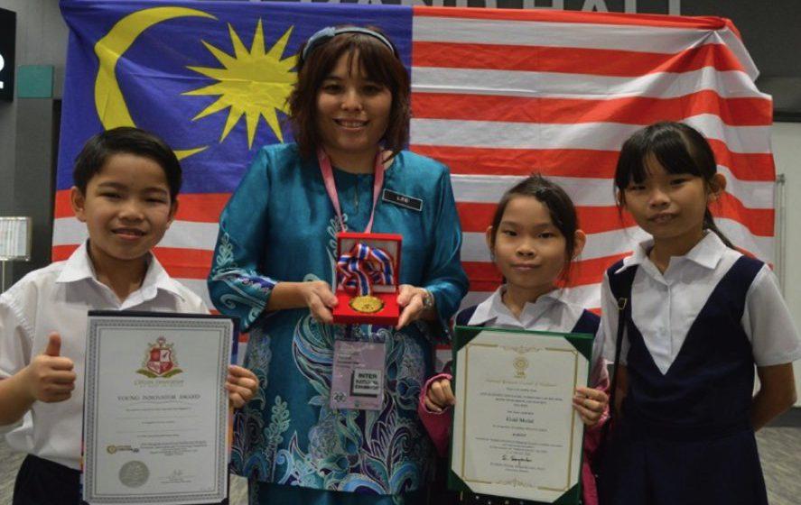 Tiga pelajar Sarawak menang pingat emas IPITEX 2020 di Bangkok