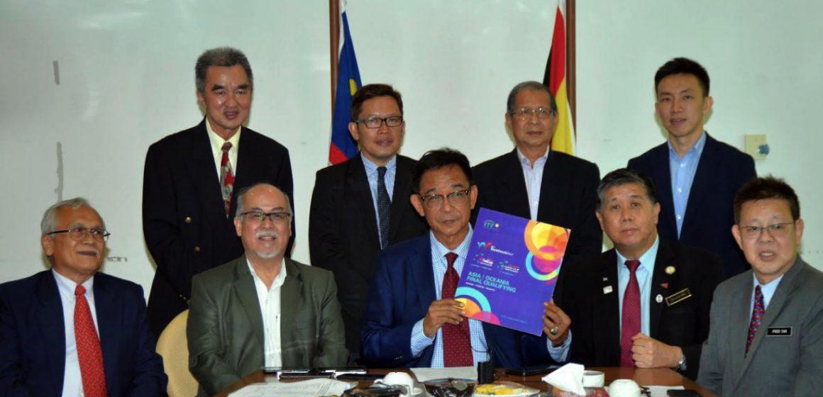 38 negara berkampung di Kuching