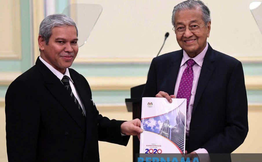 Kerajaan suntik RM20 bilion rancakkan ekonomi – Tun M