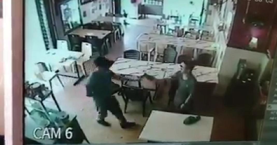 Lelaki tidak berindentiti minta wang perlindungan di kedai