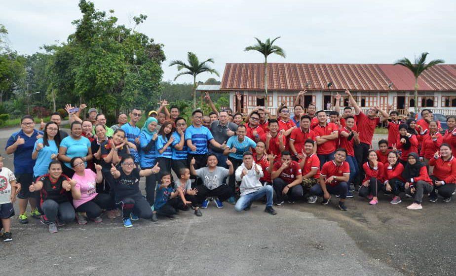 Program Mesra Bomba dan Kepimpinan MPP IKM Bintulu Bersama Komuniti Rumah Raymond Plen