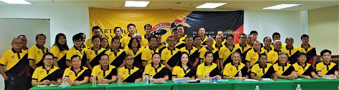 Beri siti menteri penuh ke Tiong