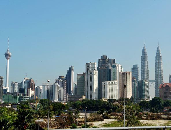 Ekonomi Malaysia diunjur berkembang 5.4 peratus tahun ini